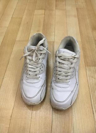 Кроссовки белые nike airmax