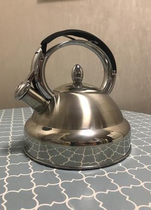 Новый чайник из нержавеющей стали 2,7 fissman