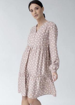 Жіноча сукня вільного фасону в горошок