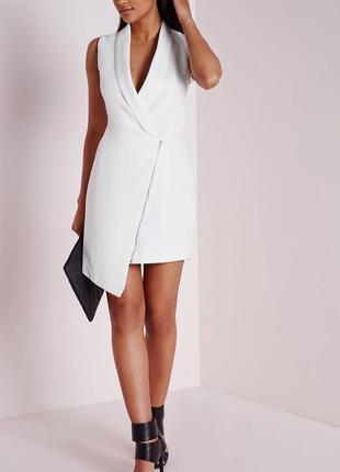 Шикарное белое платье асимметрия  бренда missguided