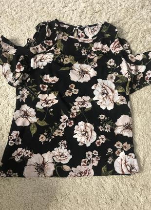 Блуза. есть ещё такая накидка