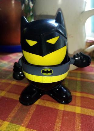 Подставка для яйца бэтмен.