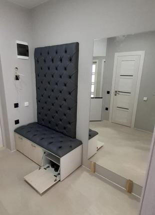 Вішалка у прихожу, стінові панелі(каретна стяжка, ручна робота)