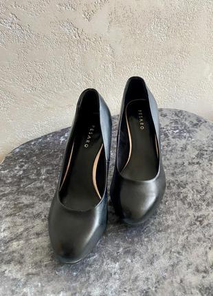 Туфлі, взуття, каблук