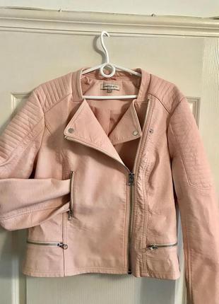 Крутая косуха куртка из плотного кожзама marks & spencer