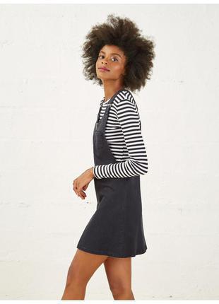 Платье, сарафан  jennyfer, размер l (40), цвет серый. состояние отличное.