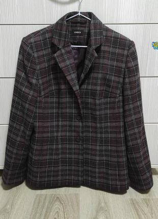 Стильный пиджак в клетку, шерсть