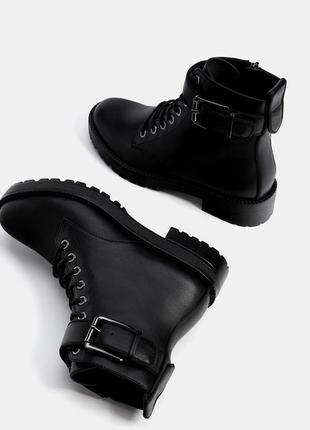 Модные ботинки на шнуровке bershka 2017