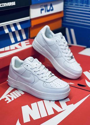 Кроссовки белые nike air force af 1 много обуви