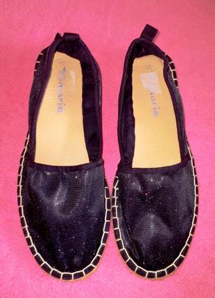 Эспадрильи блестящие  tamaris германия мокасины туфли