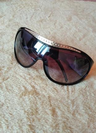 Очки солнцезащитные prius
