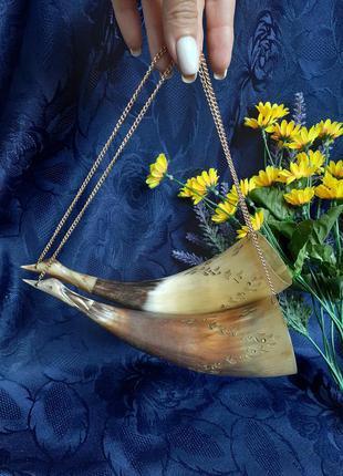 Сувенирные кубки бокалы для вина декоративные рог натуральный на цепочке гкст-лебеди ручная резьба позолота винтаж советский пара кавказ