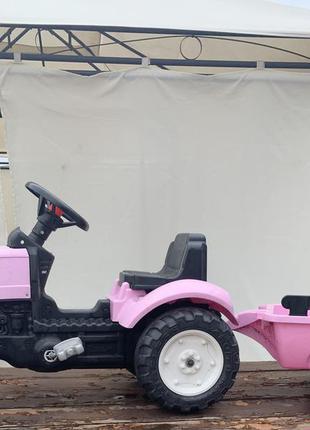 Трактор с прицепом на педалях