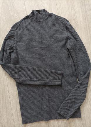 Базовый серый шерстяной свитер гольф hugo boss, размер м .