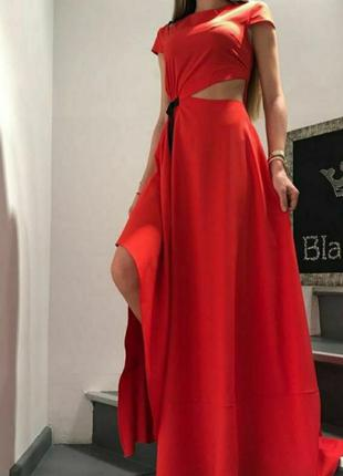 Шикарное эксклюзивное платье в пол, струящееся, люкс качество, вечернее, открытый животик  размер с.