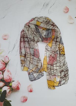 Осенний легкий шарф в абстракциях