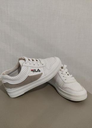 Кеди ,кросівки