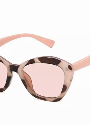 Очки/окуляри