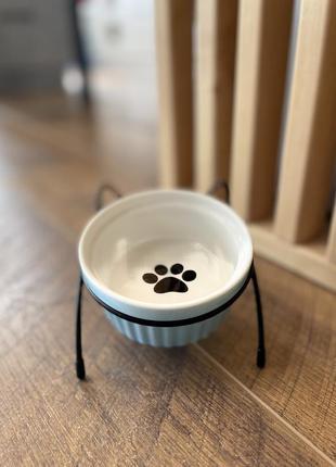 Керамічна миска  на металевій підставці з вушками для собак та кішок