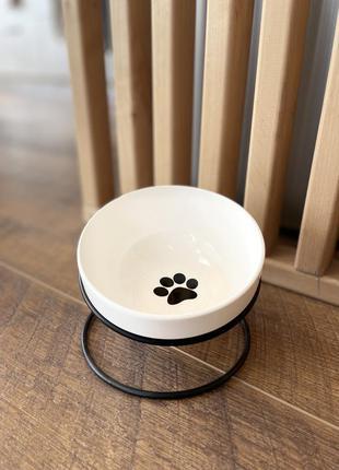Керамічна миска на металевій підставці для собак та кішок. біла