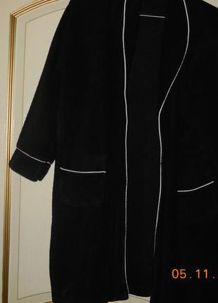 Халат махровый чёрный.