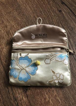 Футляр, сумочка для ювелирных изделий