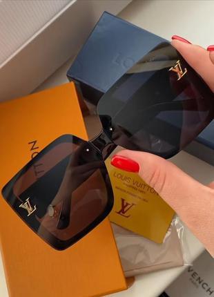 Элегантные очки люкс класса