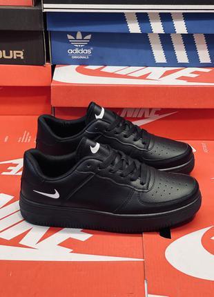 Кросовки мужские чёрные. много обуви!!!