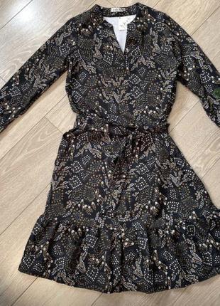 Стильное платье с принтом kakadu dress