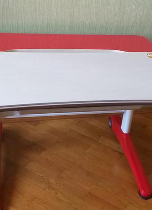 Стол-парта растущая с вашим ребёнком. mealux (ferrari)