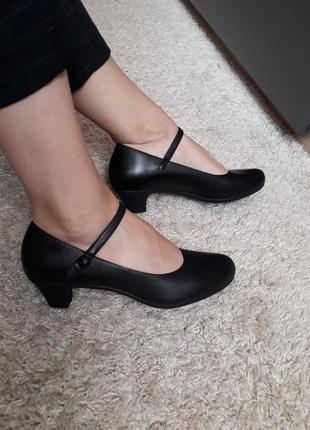 Кожаные шкіряні туфли от camper 39 размер