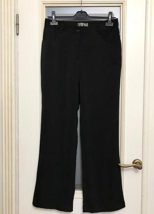 Базовые чёрные брюки, классика, штаны