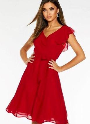 Роскошное алое платье quiz