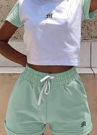 Женский летний спортивный прогулочный костюм с шортами и топом 2 цвета 89ко