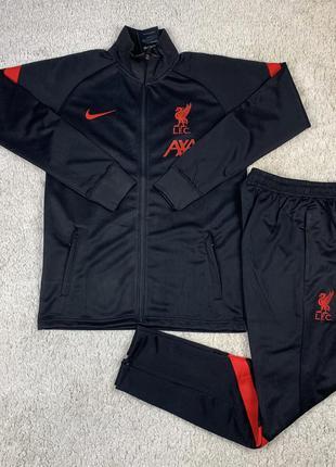 Спортивный костюм ливерпуль
