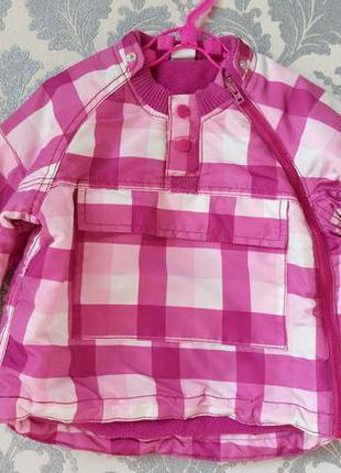 Демисезонная курточка на девочку 9-12 мес