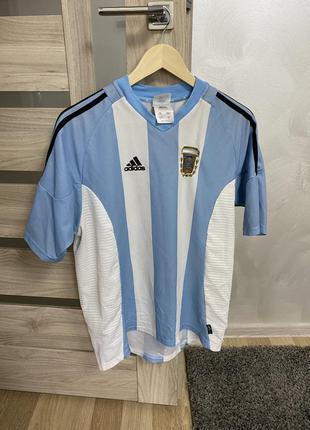 Спортивна футбольна футболка. оригінал!