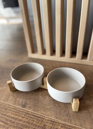 Миска подвійна керамічна на бамбуковій підставці для собак та кішок. сiра