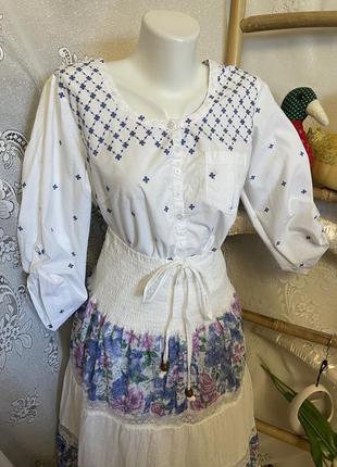 Красивая винтажная нарядная блуза рубашка кофточка вышиванка вышивка этно