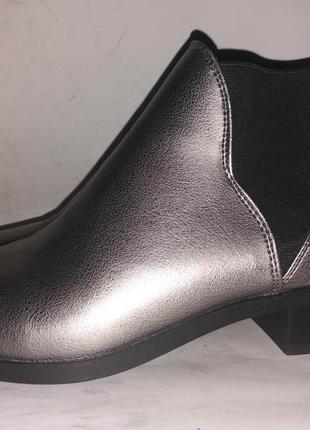 Ботинки казаки женские на низком каблуке primark 5р(38)