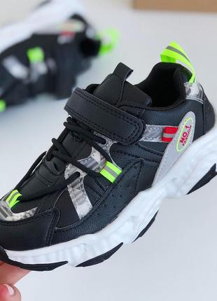 Детские подростковые кроссовки для девочки чёрные