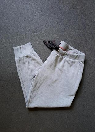 Спочатку штани