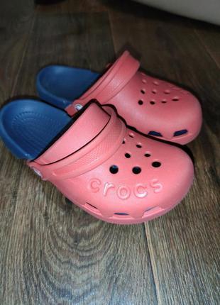 Шлепки сабо для мальчика crocs