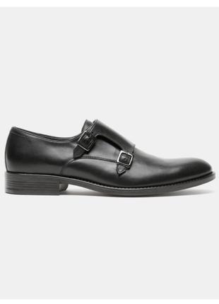 Стильные кожаные туфли bata
