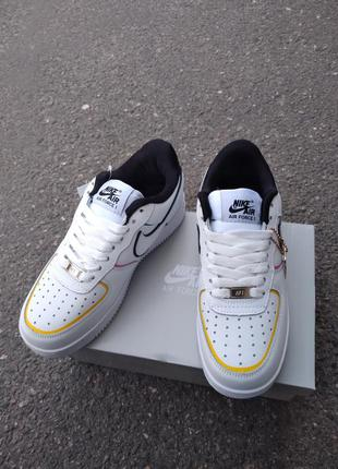 Кроссовки nike air force 1  белые с жолтым