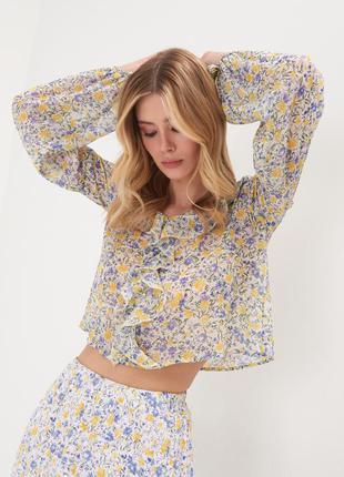 Новая тонкая укороченная широкая белая блузка желтые фиолетовые цветы оборка xxs s l xl