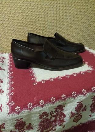 Классические туфли лоферы clarks бразилия
