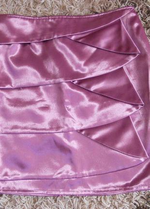 Нарядная атласная юбка, оень красивого розового цвета