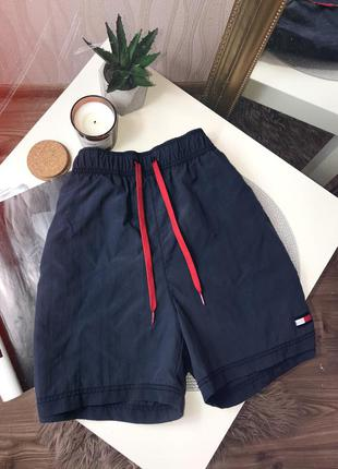 Шикарные шорты от tommy hilfger