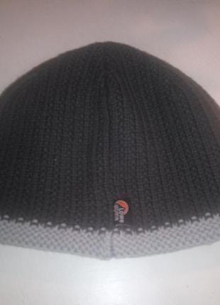 Теплая спортивная шапка lowe alpine